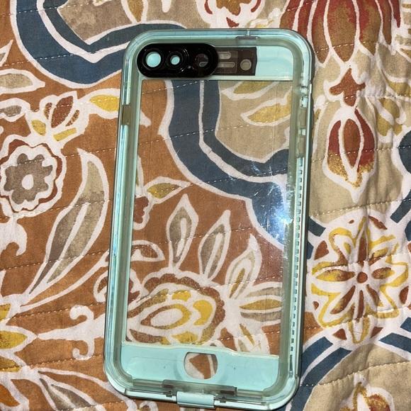 iPhone 8 Plus case life proof